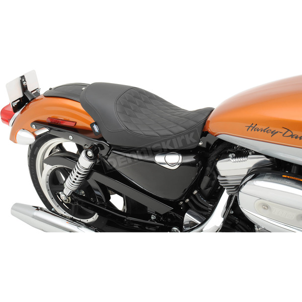 Drag Specialties Black Diamond Stitch 3/4 in. Low Solo Seat - 0804-0529