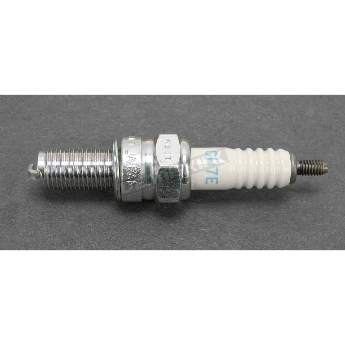 Ngk spark plug cr7e loading zoom