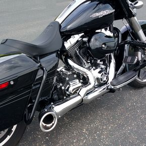 Freedom Performance Chrome/Black 2-Into-1 Turnout Exhaust System - HD00509