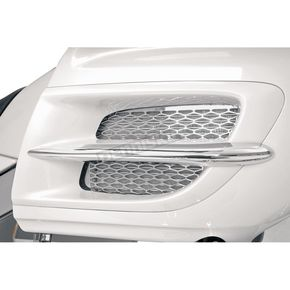 Show Chrome Radiator Accent Grille - 52-750