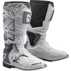 White Fastback Boots - 2196-004-10