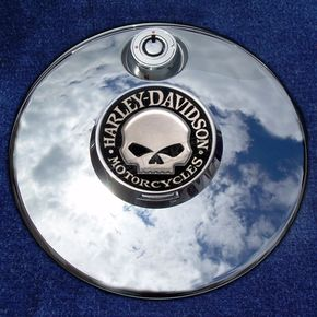 Motordog69 Tank 1.8  Fuel Door Coin Mount With Harley Skull 2-Sided Coin - JMPC-FD-HSKULL