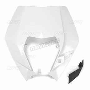 White Headlight Plastic - KT04090047