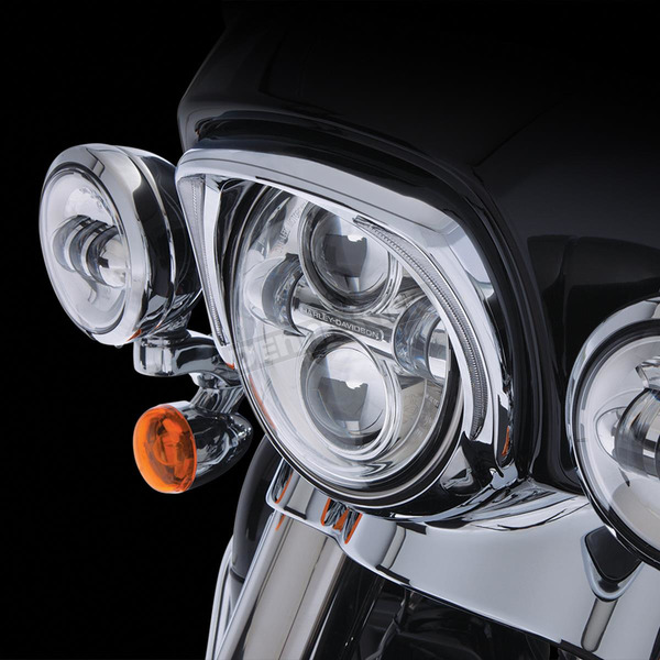 Ciro Chrome L.E.D. Fang Headlight Bezel - 45200