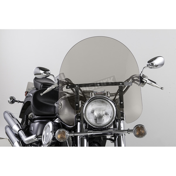 Slip Streamer 17 in. Clear SS-30 Classic Windshield w/Chrome Quick Release Hardware - SS-30-17TVQ