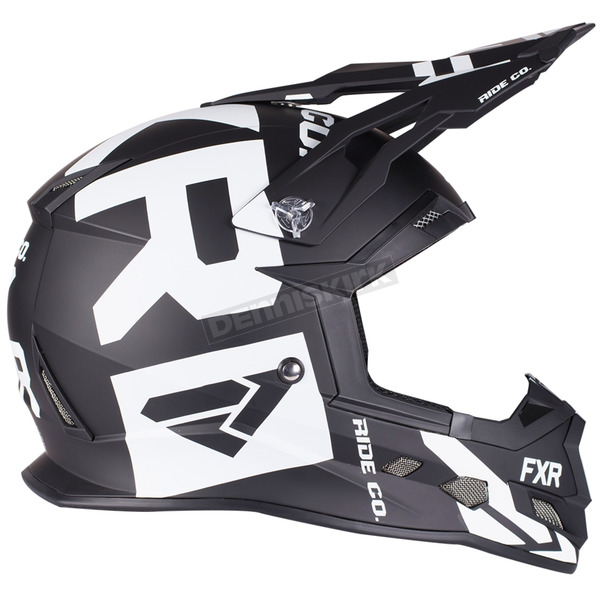 Black/White Boost Clutch Helmet - 190606-1001-16