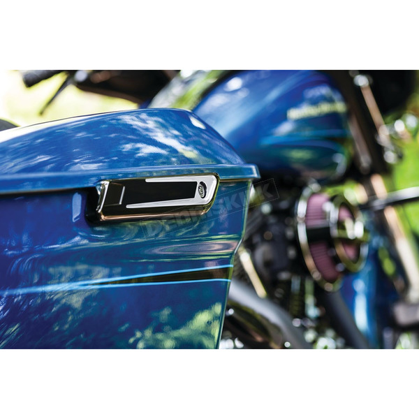 Bahn Black/Chrome Tuxedo Saddlebag Hinge Covers - 6948